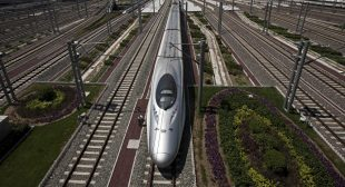 Russia, China to Build High-Speed Rail Link