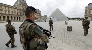 Soldier Opens Fire After Man Tried to Enter Paris Louvre Museum With Suitcase