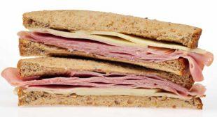 Brexit: Dutch officials seize ham sandwiches from British drivers