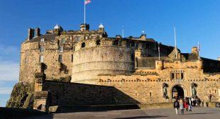 Protesters claim to seize Edinburgh Castle citing Magna Carta