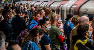 """""""Im utterly sick of it"""" – UK workers on returning to the commute"""