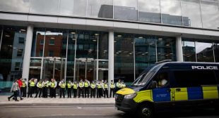 Anti-vaccine protesters occupy ITV News and Channel 4 headquarters
