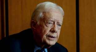 """Jimmy Carter: The U.S. Is an """"Oligarchy With Unlimited Political Bribery"""""""