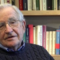 Chomsky: US Leaders' Panic Over Crimea Is About Fear of Losing Global Dominance