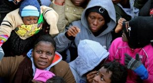 90 Refugees Feared Dead in Boat Capsize off Libya: UN