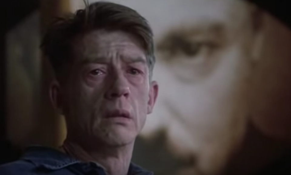 the actions and chracter of winston smith in george orwells 1984