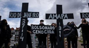 Bolsonaro a 'Threat to the Planet,' Says Lula as Brazil's Daily Covid Death Toll Hits All-Time High