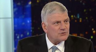 'Heresy!' Franklin Graham's followers revolt after the evangelical leader says Jesus would get the COVID vaccine