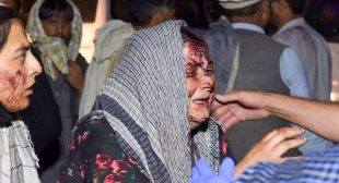 Children, US Soldiers Among Casualties in Explosions Outside Kabul Airport
