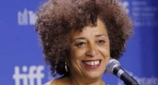 Angela Davis: 'Democratic Party Is Just as Linked to the Corporate Capitalist Structure as the Republican Party'
